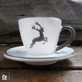 """Set Espressotasse """"Grauer Hirsch"""" von Gmundner Keramik bestehend aus Tasse und Untertasse."""