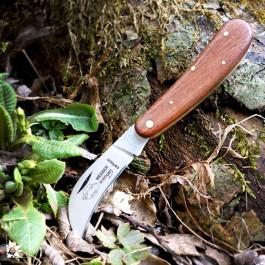 Gartenfreund: Das OTTER Messer mit der leicht gerundeten Klinge aus Carbonstahl!