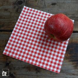 Die Serviette passt gut auf rustikal gedeckte Tische, in Hüttenantmosphäre oder auch zu einem Picknick.