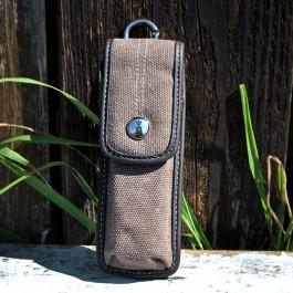Praktisches Taschenmesser-Etui von Opinel.