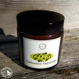 Tiroler Traubenkernöl Tagescreme mit Lindenblütenknospenextrakt