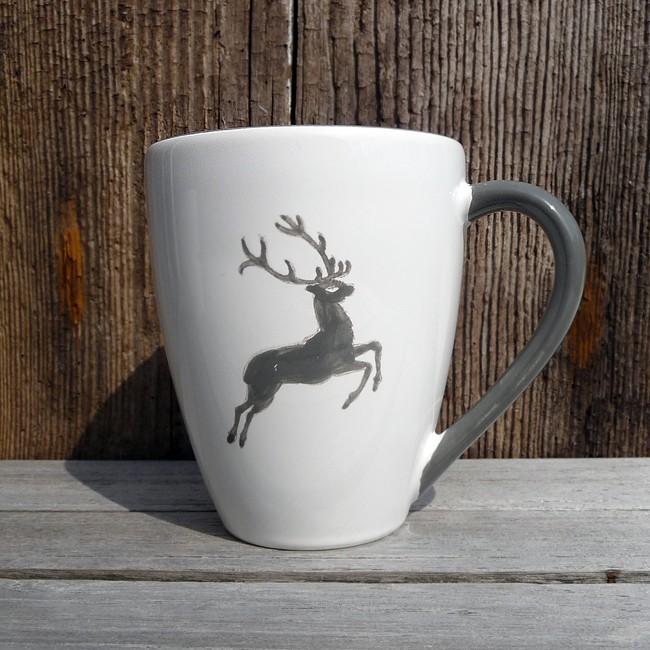 gmundner keramik kaffeebecher grauer hirsch alpen shop wohlgeraten. Black Bedroom Furniture Sets. Home Design Ideas