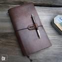 Leder-Notizbuch Knickerbookerl