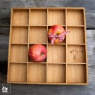 Der Apfelkasten aus hellem, geöltem Eichenholz - 31 x 31 cm groß.