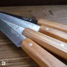 Die Griffe sind so behandelt, dass die Messer spülmaschinentauglich sind.