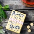 Pastiglie Leone Fernet: 30 g in einer nostalgischen Packung.