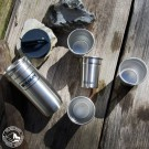 Robuste Begleiter - Edelstahlbecher von Stanley im Köcher - 4 Becher plus Köcher mit Schraubverschluss