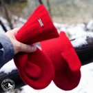 Diese Handschuhe werden in einem Traditionsbetrieb in der Steiermark angefertigt.