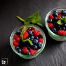 Die 250 ml Weckgläser eignen sich zum einkochen ebenso, wie zum dekorativen Anrichten von Müslis, Desserts und Pasten.