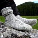 Wärmende Wollsocken aus Bergschafwolle - hergestellt von der Manufaktur Steiner 1888.
